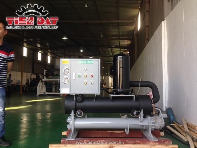 Hệ thống làm lạnh nước tại nhà máy bao bì tại Hà Nội